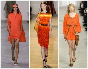 Дрехите в оранжево ще ви заредят с жизненост и енергия!